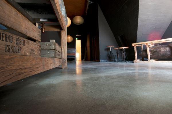 designspachtelb den designestrich sichtbeton b den in mannheim. Black Bedroom Furniture Sets. Home Design Ideas