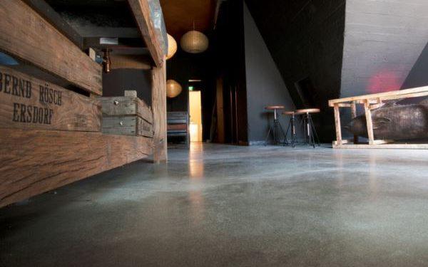 Sichtbeton-Boden im Barbereich in Mannheim